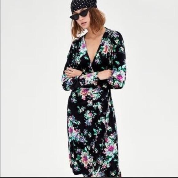 Zara Dresses & Skirts - NEW! ZARA WOMAN BLACK VELVET FLORAL WRAP DRESS